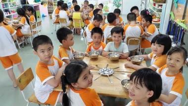 Tăng cường các biện pháp bảo đảm vệ sinh, an toàn thực phẩm trong các trường học