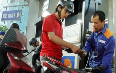 Giá xăng tăng lần thứ 5 trong năm
