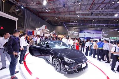 Thị trường ô tô trong nước tháng 11: Sản lượng tăng trở lại
