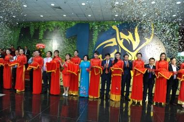 """""""Quần Long hội tụ""""- Kỷ niệm 10 năm thành lập công ty CP Địa ốc Phú Long"""