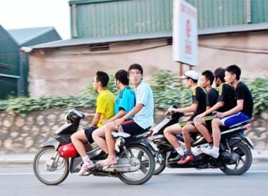 Mỗi năm Việt Nam có 9.000 người chết vì tai nạn giao thông