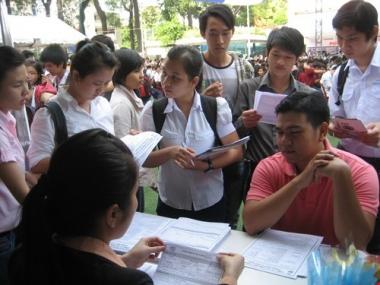 Tỷ lệ thất nghiệp của cử nhân tiếp tục tăng