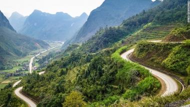 Du lịch Việt Nam bằng xe hai bánh: Khám phá lịch sử và văn hóa