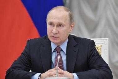 """""""Thuyền trưởng"""" Putin tái tranh cử nhiệm kỳ 4"""