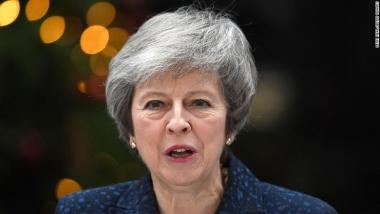 """Thỏa thuận Brexit vẫn """"loạng choạng"""" dù Thủ tướng Anh vượt qua cuộc bỏ phiếu tín nhiệm"""