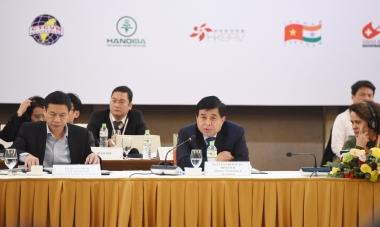 Bộ trưởng Nguyễn Chí Dũng:  Doanh nghiệp đa quốc gia cần mở rộng vòng tay, hỗ trợ cộng đồng khởi nghiệp