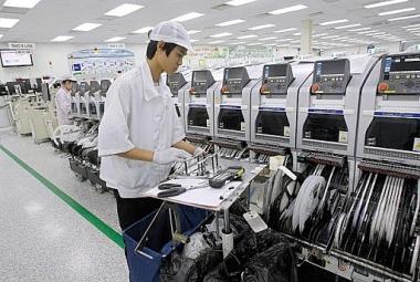 Đóng góp của khoa học và công nghệ vào tăng năng suất lao động trong ngành dệt may Việt Nam