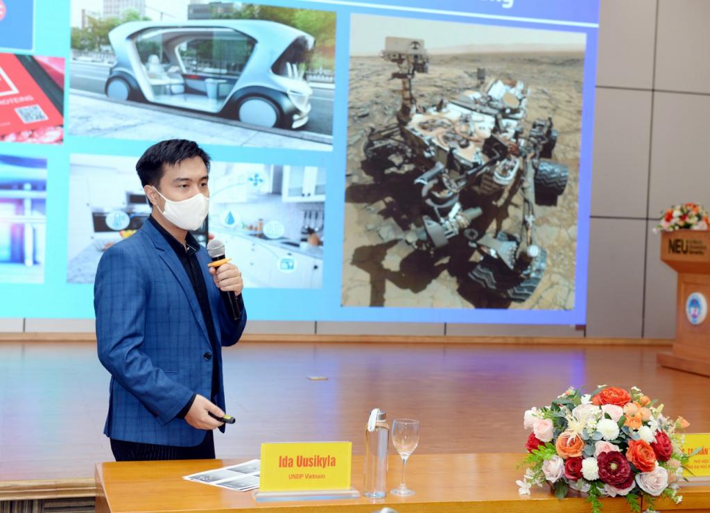 Nghe chuyên gia kể 4 câu chuyện người thật việc thật về 'đổi mới sáng tạo' trong công tác xã hội tại Việt Nam    Urbanist Vietnam