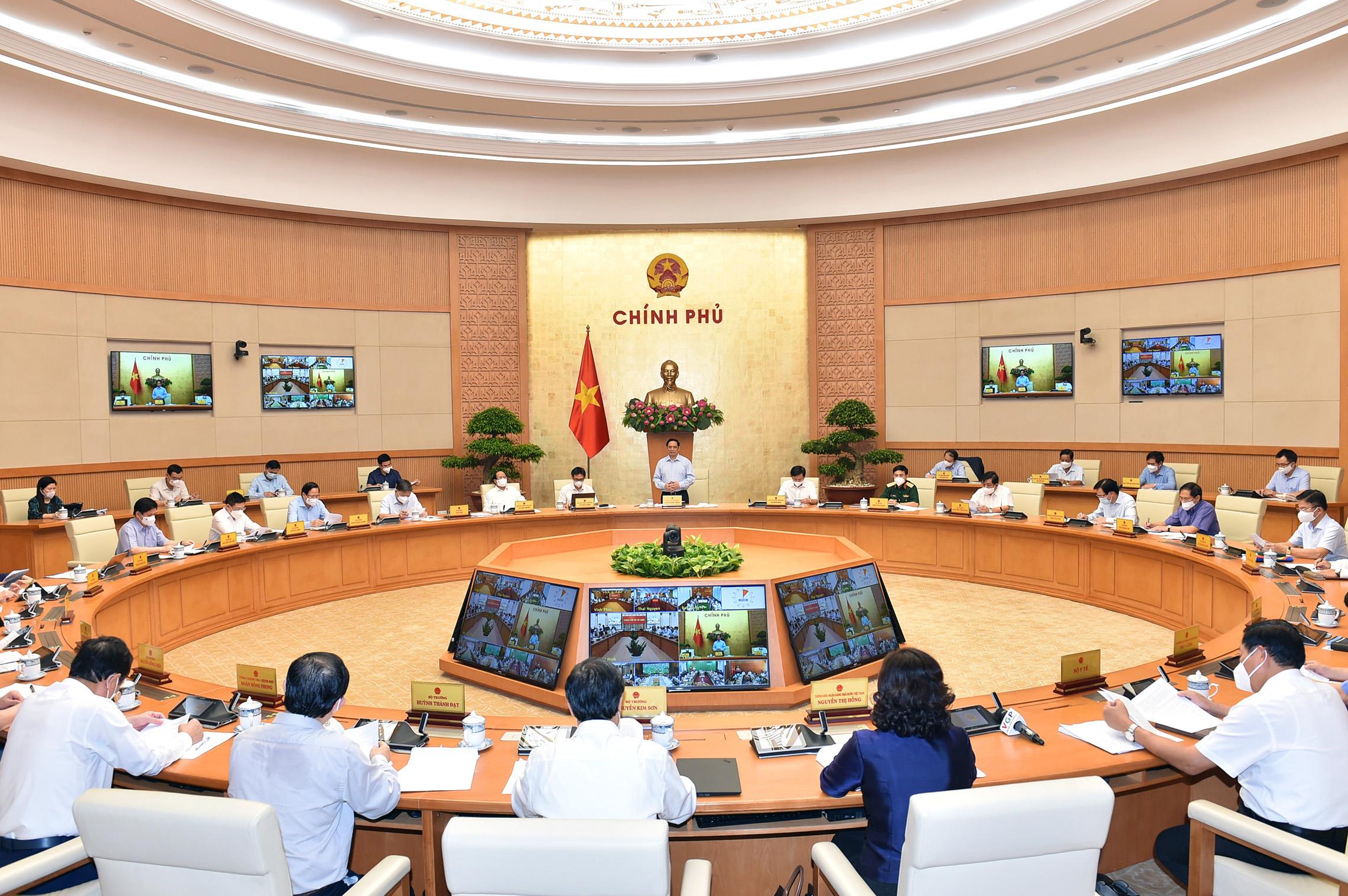 Thủ tướng Phạm Minh Chính: Phải xác định cuộc chiến trường kỳ, lâu dài trong chống dịch