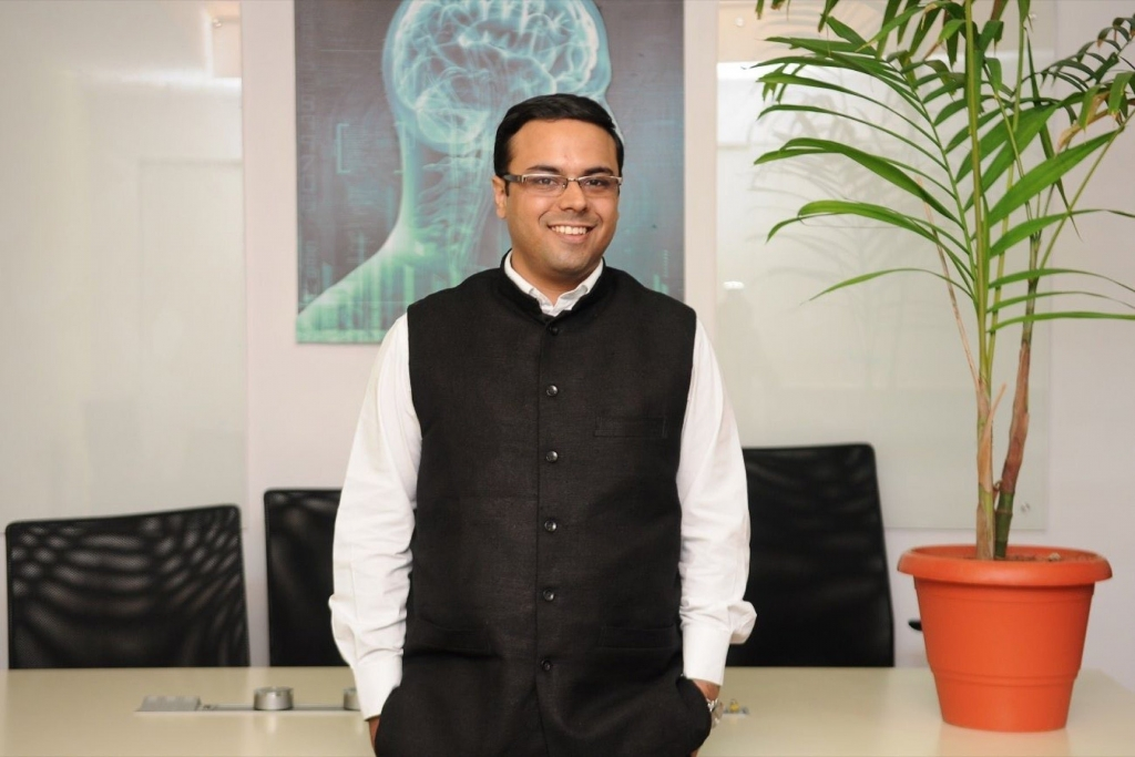 UNIPHORE mua lại JACADA, chuyển đổi trải nghiệm khách hàng với AI tiên tiến