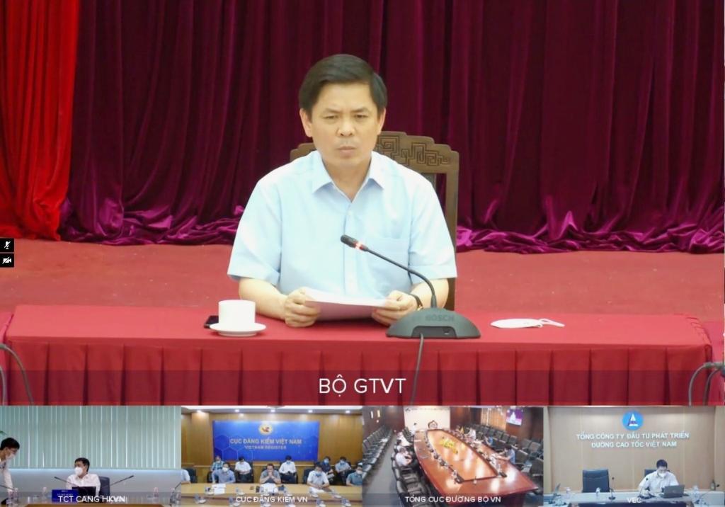 Bô trưởng Bộ GTVT: Các dự án xây dựng cơ bản phải đặt chất lượng lên hàng đầu