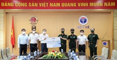 Bộ Y tế tiếp nhận 1.000.000 khẩu trang y tế tiêu chuẩn N95 do MB trao tặng