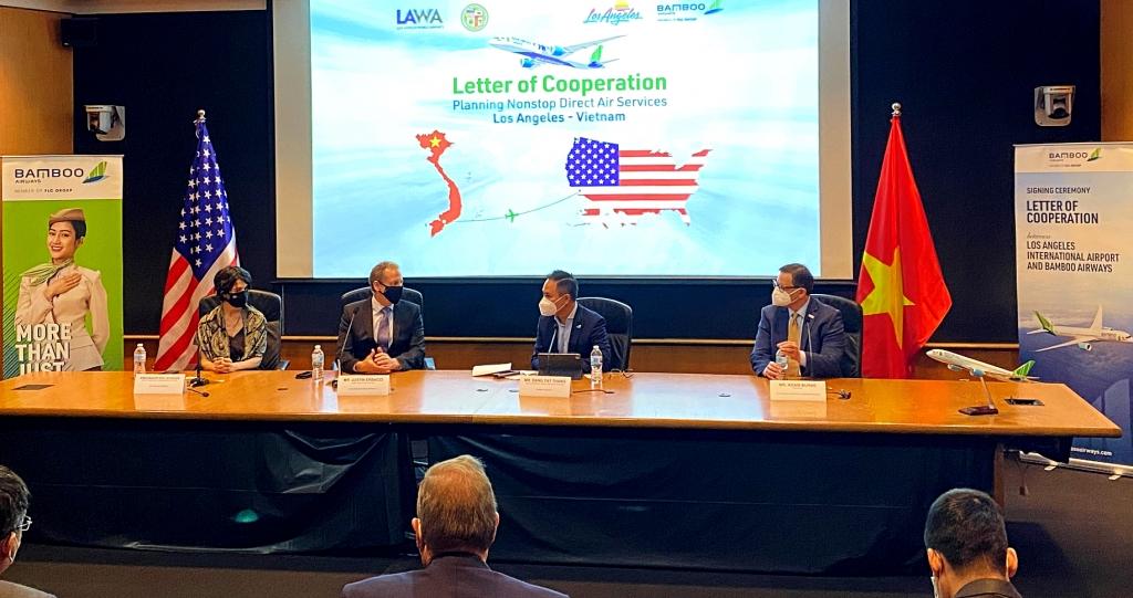 Bamboo Airways hợp tác 4 bên với Los Angeles, xúc tiến đường bay thẳng Việt - Mỹ