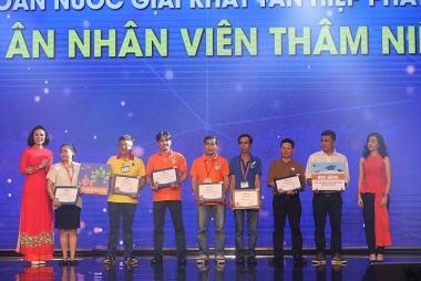 """""""Sống chung"""" cùng Covid-19: Khí phách kiên cường của doanh nghiệp Việt"""