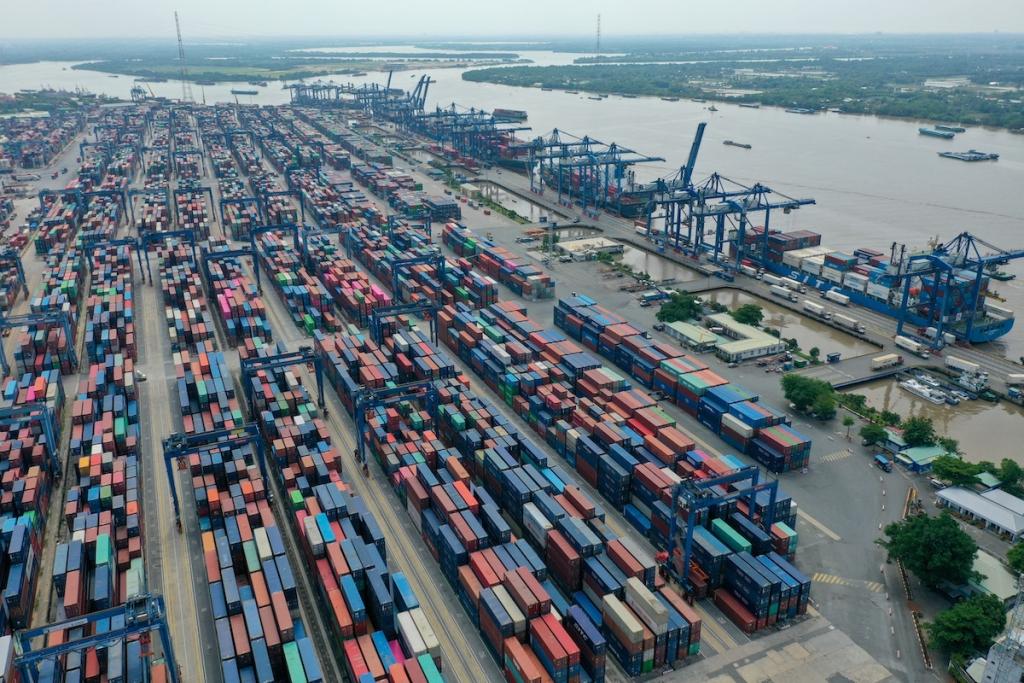 Lý giải hai ngưỡng giảm của GDP Việt Nam