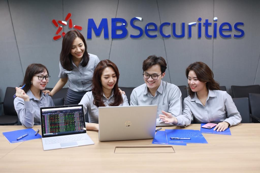 MBS chọn TOP 3 làm mục tiêu, coi thách thức là cơ hội