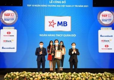 MB ghi danh trong TOP 4 ngân hàng uy tín năm 2021