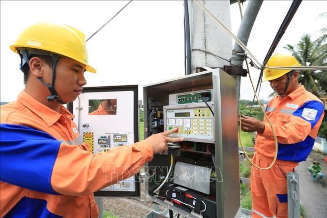 Khoảng 13.000 tỷ đồng hỗ trợ giảm giá điện, giảm tiền điện