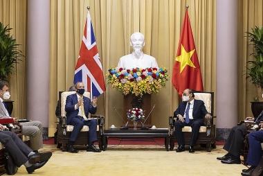 Phó Thủ tướng Anh đến Hà Nội, thúc đẩy quan hệ song phương Vương quốc Anh - Việt Nam
