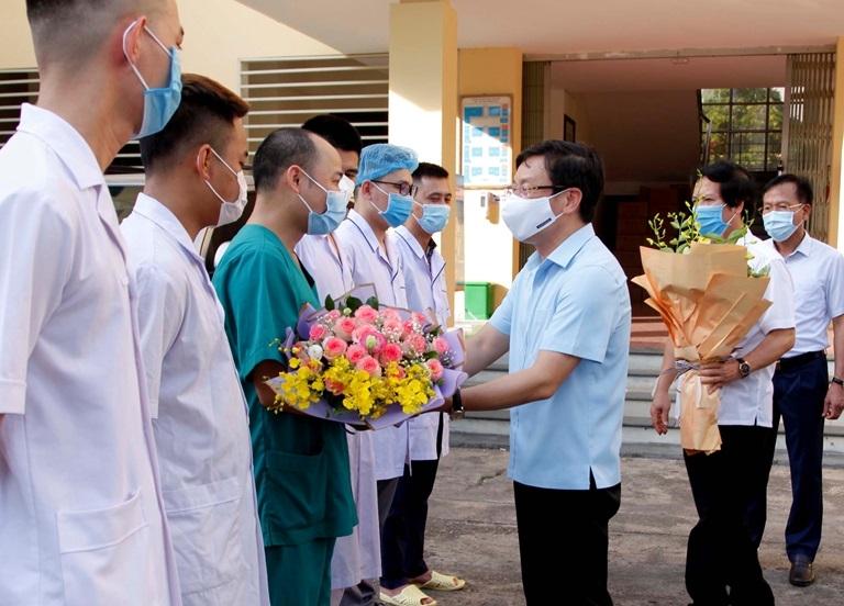 Bí thư Vĩnh Phúc gửi tâm thư động viên đoàn cán bộ y tế hỗ trợ chống dịch tại miền Nam