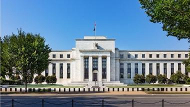 Mỹ duy trì chính sách lãi suất thấp