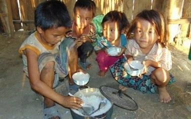 COVID-19 đẩy 80 triệu người châu Á rơi vào tình trạng nghèo cùng cực