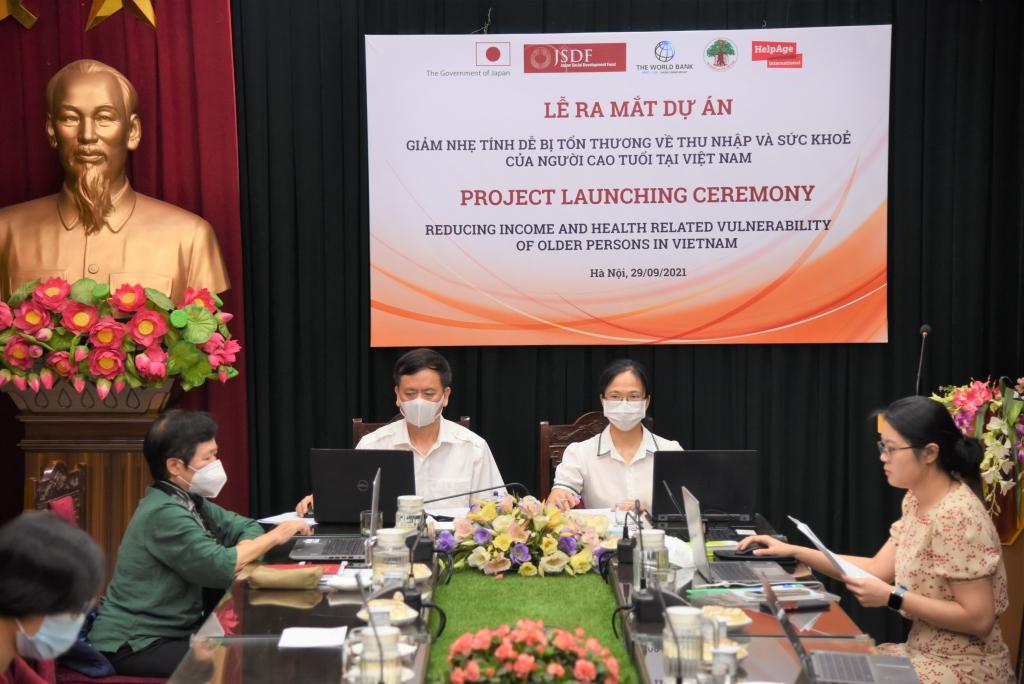 Khởi động dự án chăm sóc người cao tuổi tại Việt Nam