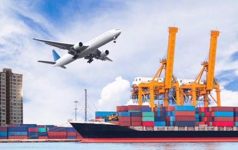 Việt Nam ước nhập siêu 1,47 tỷ USD, nhưng không đáng ngại