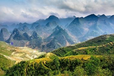 Vẻ đẹp hàng trăm triệu năm của Cao nguyên đá Đồng Văn